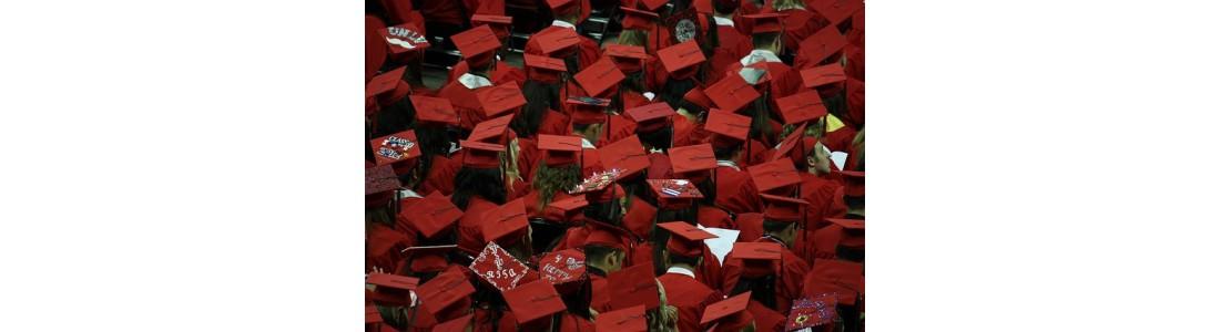 1000x1000-1476780779-graduates-351603-640